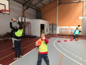 Un entraînement de basket pour tous